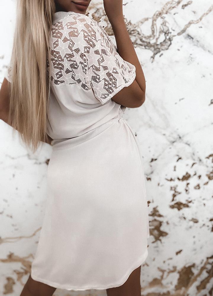 Красивое кружевное итальянское платье