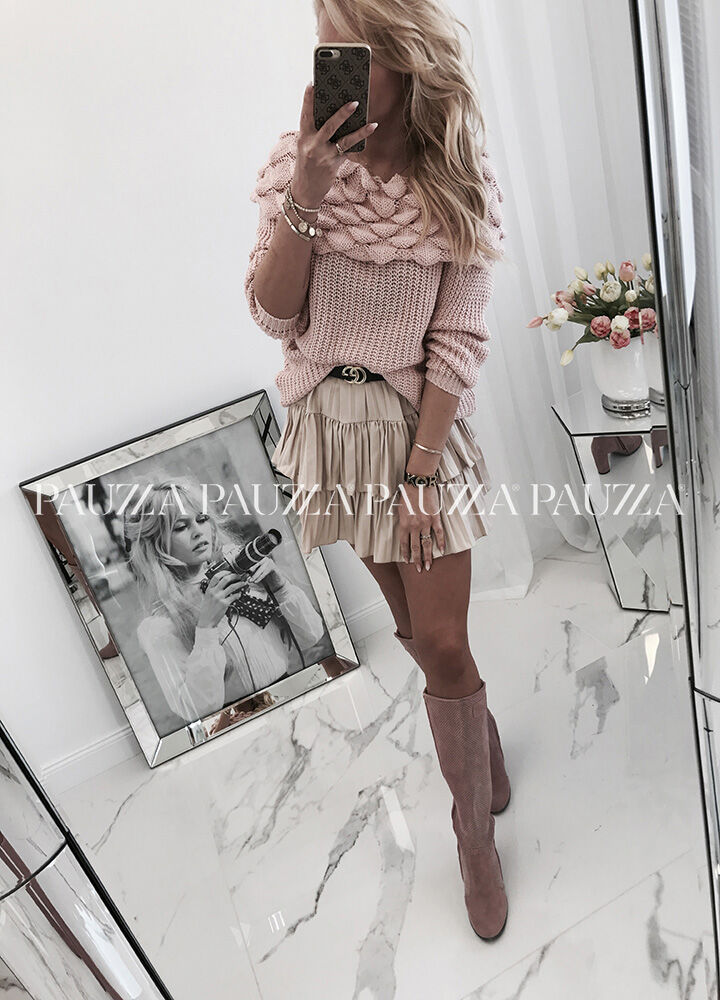 Unique fashion fantastyczny sweter wywijany golf puddy pink italy